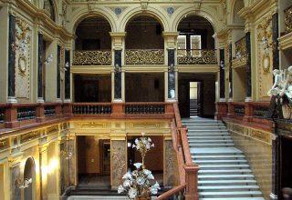 Lviv Opera House Nerede ?