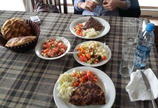 Kosova Prizren Ne Yenir - Köfte - Fiyatlar