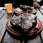 Lviv Restoranları Meat and Justice - Etin İşkencesi