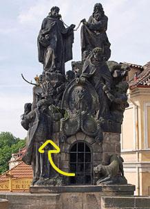Statues of Saints John of Matha, Felix of Valois, and Ivan